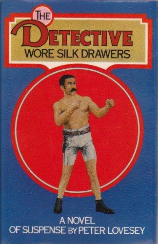 9780333125786: Detective Wore Silk Drawers