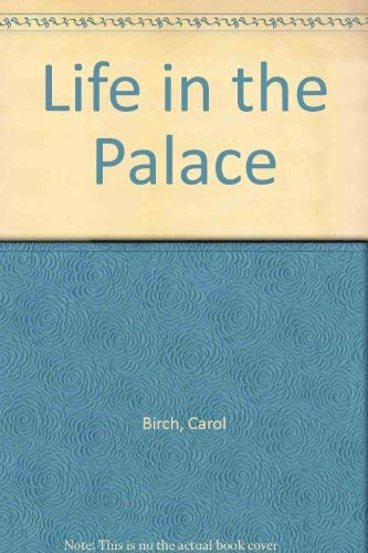 9780333460344: Life in the Palace