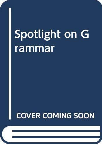 9780333617908: Spotlight on Grammar
