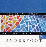 9780333714386: Jocasta Innes Around the House: Underfoot (Spanish Edition)