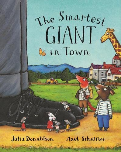 9780333963968: The Smartest Giant in Town