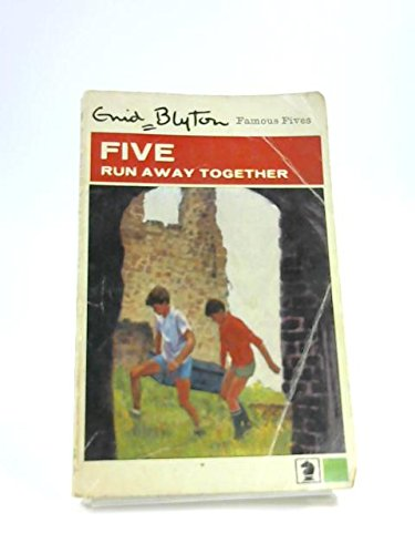 9780340024621: Five Run Away Together (Knight Books)