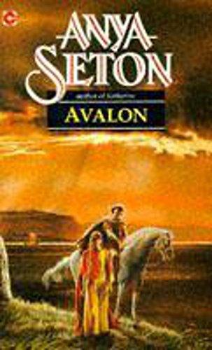 9780340027134: Avalon