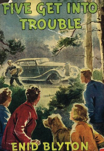 9780340033623: Five Get Into Trouble: Book 8 (Famous Five)