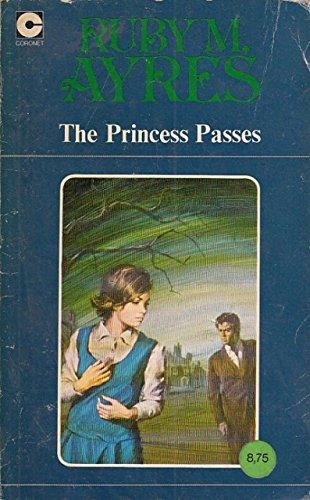 9780340160374: THE PRINCESS PASSES