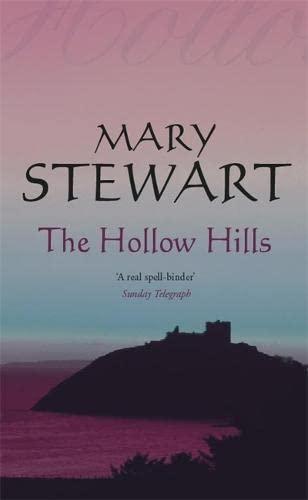 9780340186114: The Hollow Hills (Coronet Books)