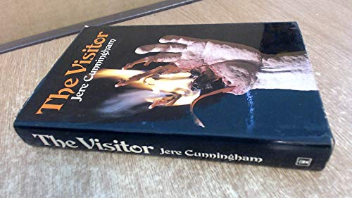 9780340235317: The Visitor