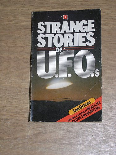 9780340242636: Strange Stories of Unidentified Flying Objects (Coronet Books)