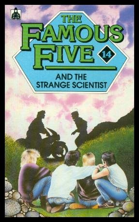 9780340368107: The Famous Five and the Strange Scientist (Knight Books)