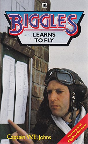 9780340388426: Biggles Learns to Fly (Knight Books)