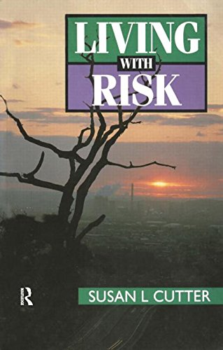 9780340529874: Living with Risk: Geography of Technological Hazards