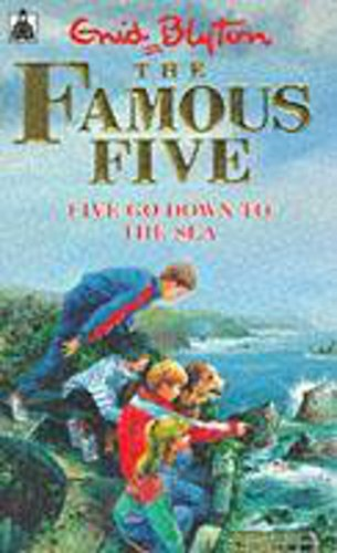 9780340548868: Famous Five: 12: Five Go Down To The Sea (Knight Books)