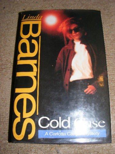 9780340597736: Cold Case (A Carlotta Carlyle mystery)