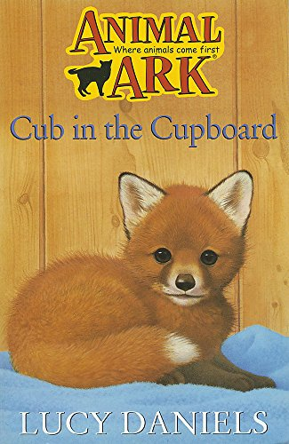 9780340619285: Cub in the Cupboard (Animal Ark 7)