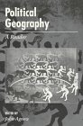 9780340677438: Political Geography: A Reader (Arnold Readers in Geography)