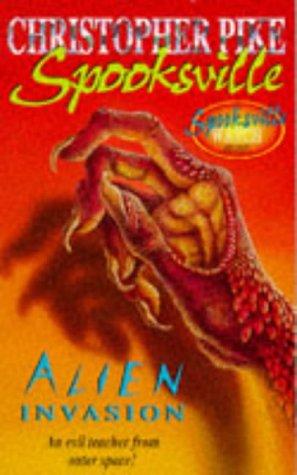 9780340686201: Spooksville: Alien Invasion