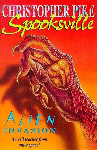 9780340724415: Spooksville: Alien Invasion