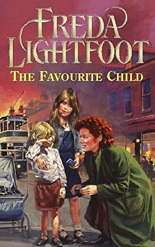 9780340769010: The Favourite Child
