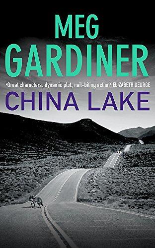 9780340822494: China Lake