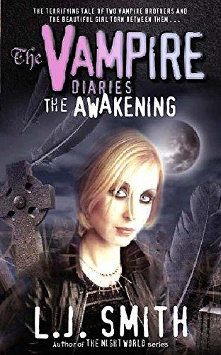 9780340843499: The Vampire Diaries: The Awakening: Book 1