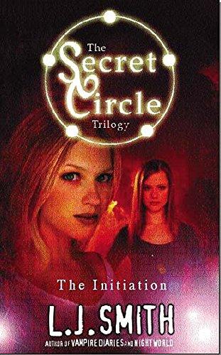 9780340860731: The Initiation (Secret Circle)