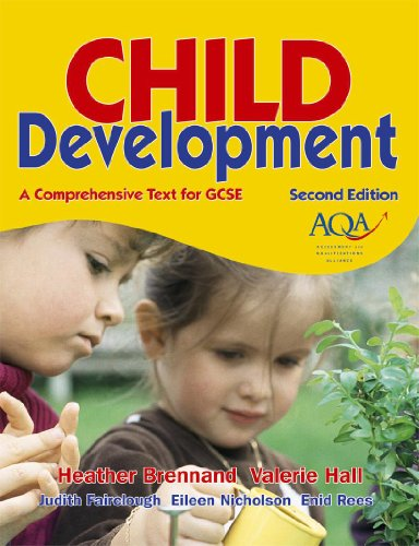 9780340914533: Child Development: A Comprehensive Text for GCSE