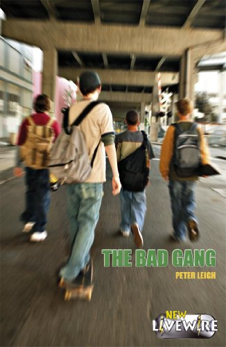 9780340915424: The Bad Gang (Livewire)