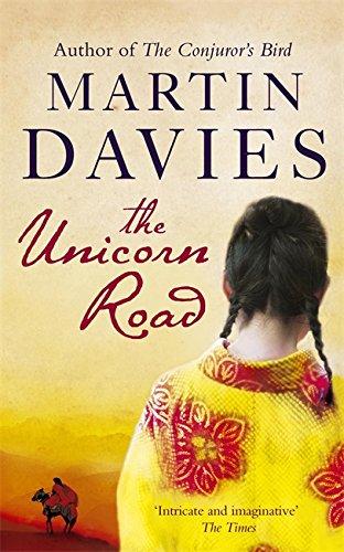 9780340920114: The Unicorn Road