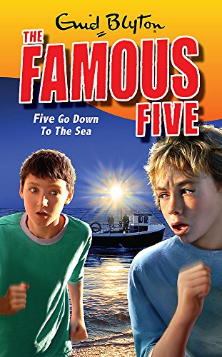 9780340931707: Five Go Down To The Sea: Book 12 (Famous Five)