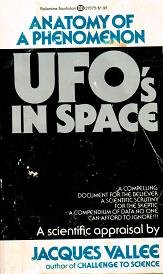 9780345270757: UFO's in Space: Anatomy of a Phenomenon
