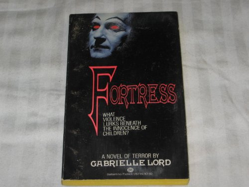 9780345297747: Fortress