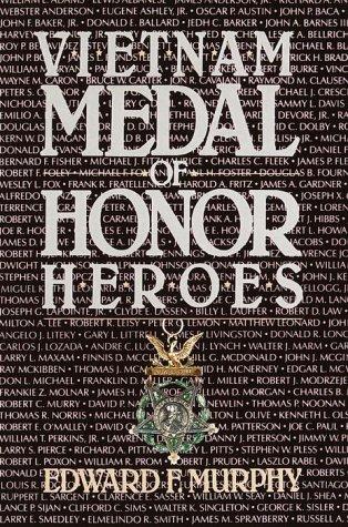 9780345338907: Vietnam Medal of Honor Heroes