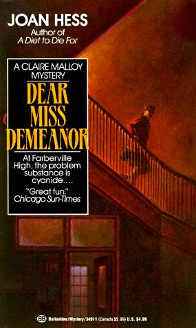 9780345349118: Dear Miss Demeanor (Claire Malloy Mysteries, No. 3)