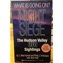 9780345370860: Night Siege: The Hudson Valley UFO Sightings