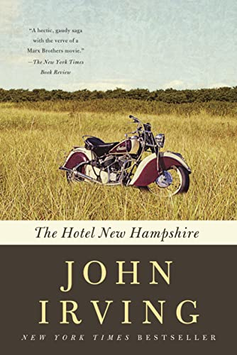 The Hotel New Hampshire (Ballantine Reader's Circle)