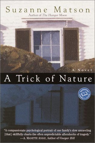 9780345444561: A Trick of Nature (Ballantine Reader's Circle)