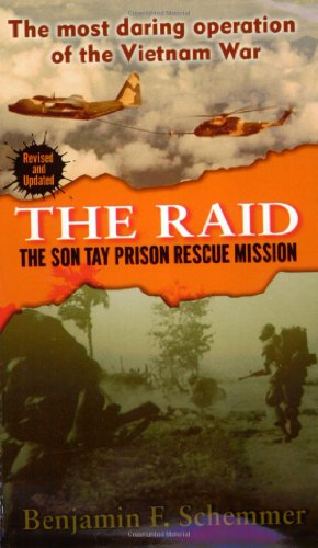 9780345446961: The Raid: The Son Tay Prison Rescue Mission