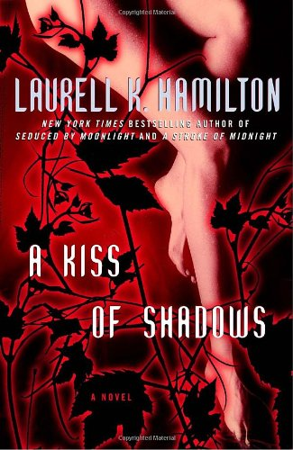 9780345478153: A Kiss of Shadows (Meredith Gentry Novels)