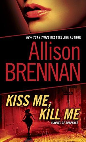 9780345511690: Kiss Me, Kill Me: A Novel of Suspense (Lucy Kincaid)