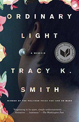 9780345804075: Ordinary Light