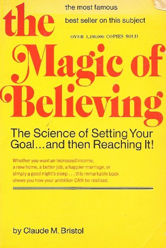 9780346122932: The magic of believing