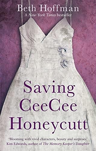 9780349000183: Saving CeeCee Honeycutt