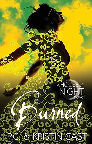 9780349001180: Burned: Number 7 in series (House of Night)