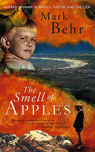 9780349107561: The Smell Of Apples