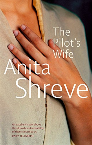 9780349110851: The Pilot's Wife