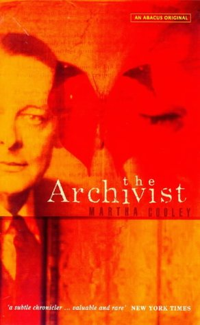9780349110967: The Archivist (An Abacus original)