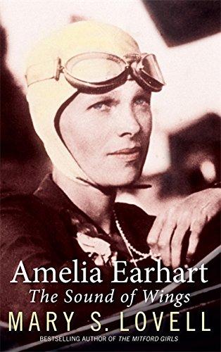 9780349121765: Amelia Earhart