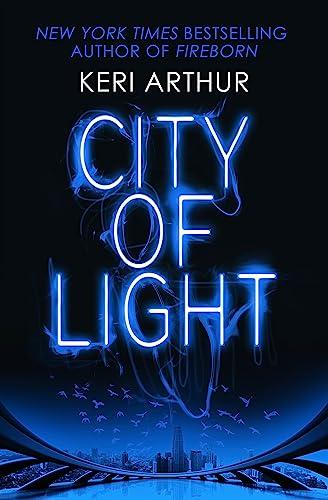 9780349406985: City of Light (Outcast)