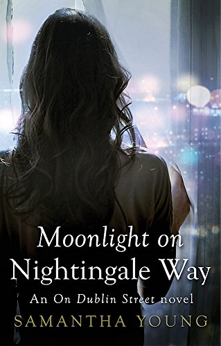 9780349408804: Moonlight on Nightingale Way (On Dublin Street)