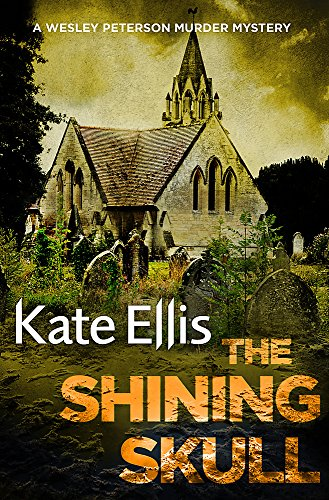 9780349418964: The Shining Skull: Number 11 in series (Wesley Peterson)